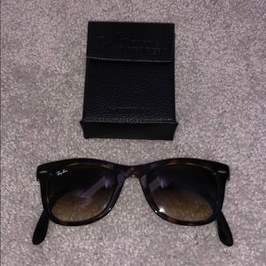 Authentic Rayban Foldable Wayfarer Sunglasses